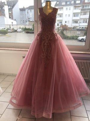 Wedding Dress raspberry-red-magenta