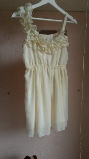Ballkleid in weiß, beige