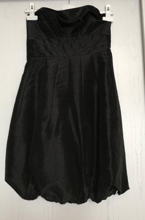 Ballkleid schwarz mit Schleife