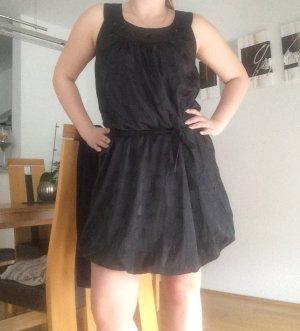 Ballon Kleid schwarz neuwertig
