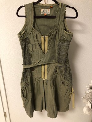 Not the same Balloon Dress olive green