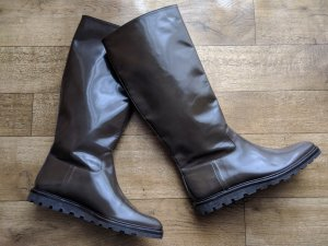BALLY Lackleder Stiefel NEU