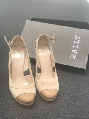 Bally Platform Pumps oatmeal-beige leather