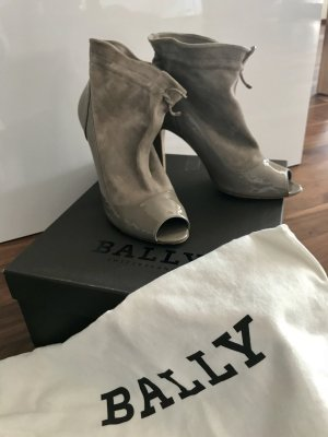 Bally Cut Out Booties silver-colored suede