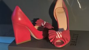 Bally Pumps/ Wedges rot Neu