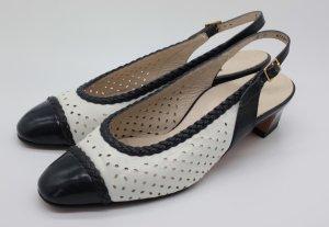 Bally Sandalen Slingback Pumps Monogram Coco Chanel Toe cap pumps