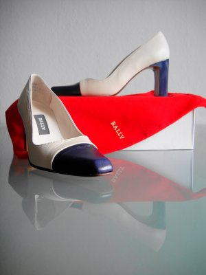 Bally Schuhe Pumps Leder Gr. 36