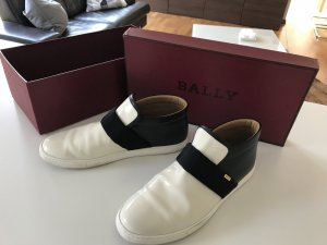 Bally Sneaker Lackleder