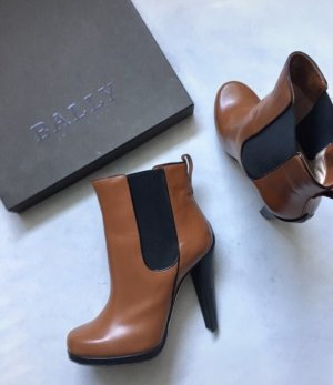 Bally Platform Booties cognac-coloured