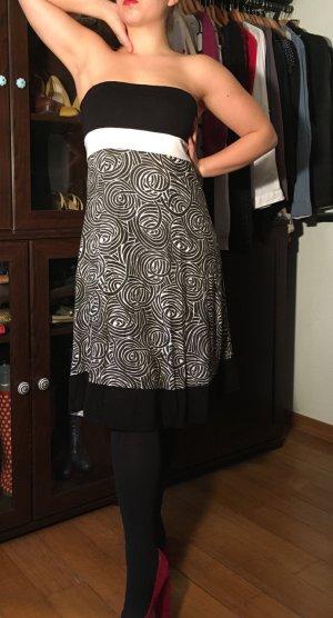 Bandeau Kleid mit tollem grafischen Print