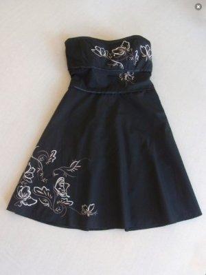 Bandeaukleid / Midikleid florale Stickerei Petticoat Abendkleid / elegant / feminin