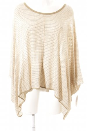 Barbara Becker Poncho Streifenmuster Street-Fashion-Look