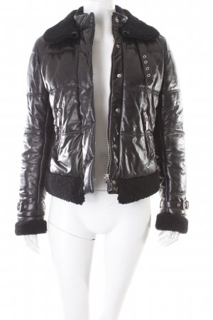 Barbara Bui Steppjacke schwarz Street-Fashion-Look
