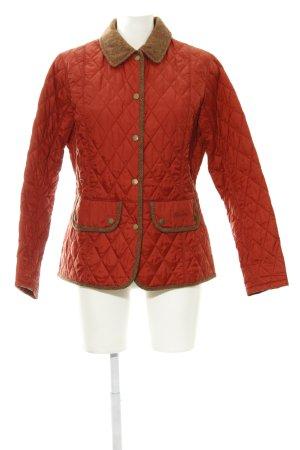 Barbour Steppjacke hellrot-cognac Steppmuster Street-Fashion-Look