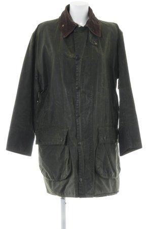 Barbour Winterjack donkerbruin-donkergroen straat-mode uitstraling