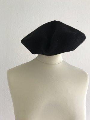 Barett Mütze in Schwarz, 100% Wolle,
