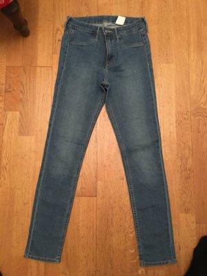Basic Jeans kaum getragen