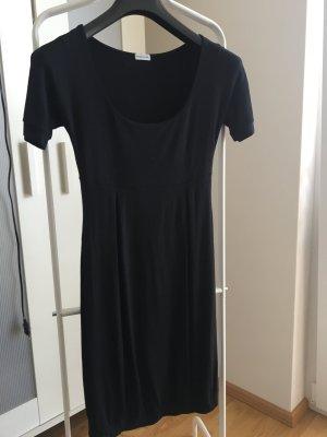 Basic Kleid in Schwarz