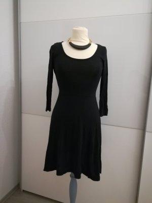 Basic Kleid schwarz 36