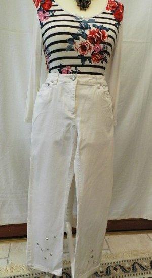 basic line Jeans-weiß - Sternen Applikationen - Gr. 20(40 kurz)