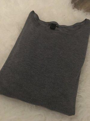 Basic Longarm Sweatshirt