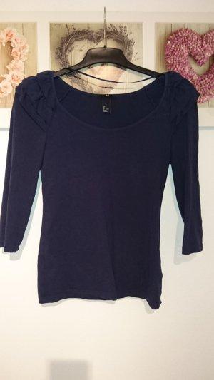 Basic-Shirt mit Rüschen an der Schulter