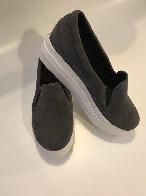 Basic Slip-on Schuhe