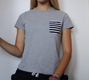 Basic T-Shirt in Größe S