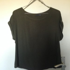 Basic T-shirt khaki perfekt für den Frühling:)