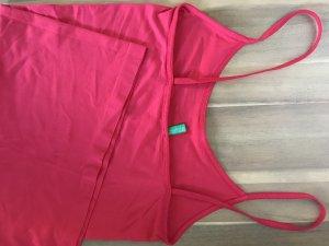 Benetton Haut basique rouge