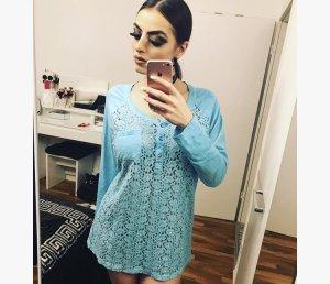 basic türkises shirt mit spitze