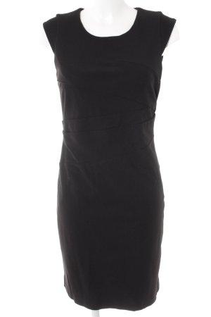 Basset Robe crayon noir élégant