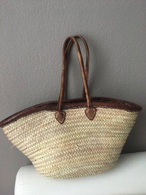 Bolso tipo cesta marrón arena