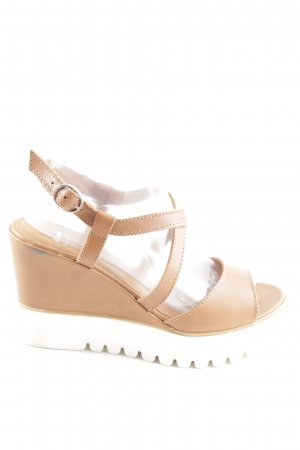 Bata Platform Sandals white-nude casual look