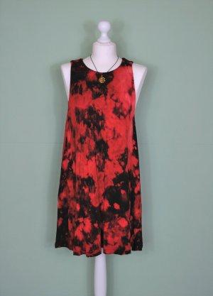 Batik Hippie Kleid in Schwarz und Rot mit Tupfer