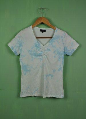 """Batik Shirt """"Wolken Himmel"""" mit V-Ausschnitt"""