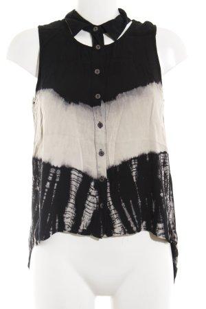 Top batik noir-blanc cassé motif batik Look de plage