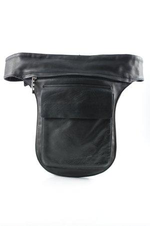 Bumbag black casual look