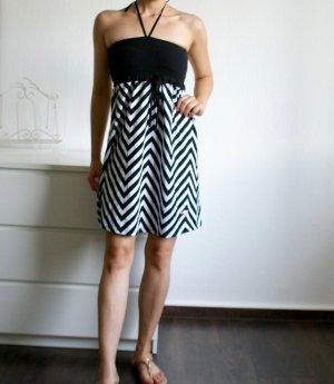 Baumwoll Bandeaukleid / Neckholder Strandkleid - schwarz-weiß gestreift