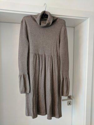 Robe en laine gris brun