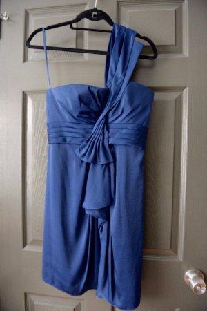 BCBG by Max Azria Palais One-Shoulder Cocktail Dress Blau US 8P Top Zustand