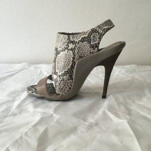 BCBG Max Azria Schlagenoptik Schuhe