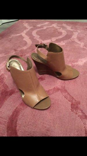 BCBGeneration, BCBG, 37, hohe Schuhe, Keilabsatz, Leder, braun, absatzschuh, Sandale