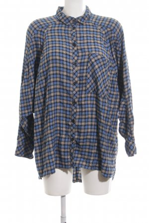 BDG Flannel Shirt blue-cream check pattern casual look