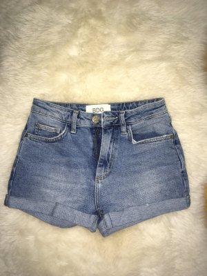 BDG Shorts azul celeste