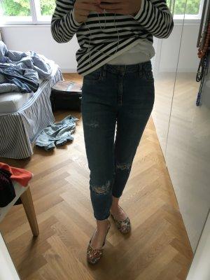 BDG skinny Jeans mit Cut outs, Größe 27