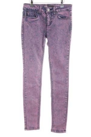 BDG Jeans skinny rosa-viola scuro look pulito