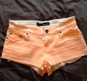 BDG Super Shortie Shorts Hotpants Denim Jeans Cut off Neon 28