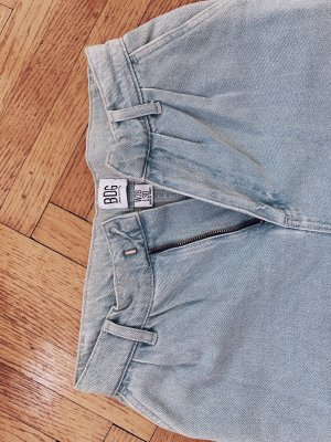Bdg Urban outfitters momjeans