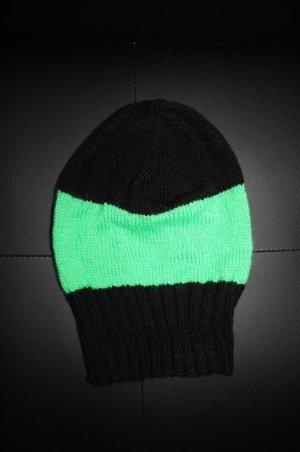 Beanie Mütze mit Neoneffekt